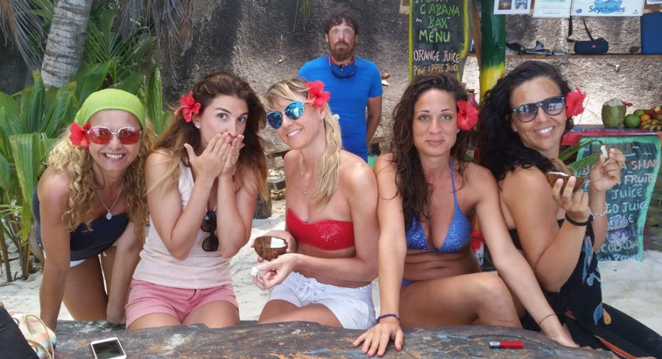 girls-seychelles