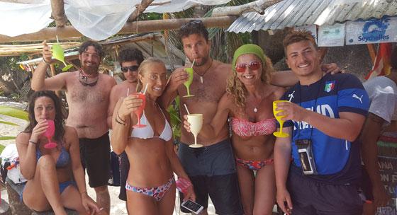 chiringuito-spiaggia-seychelles