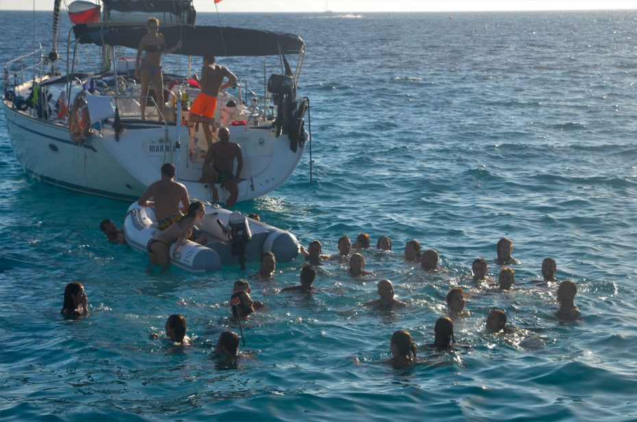 flottiglia-baleari-2016-bagno-totale